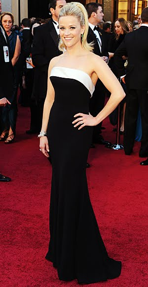 Reese Witherspoon at the Oscars 2011