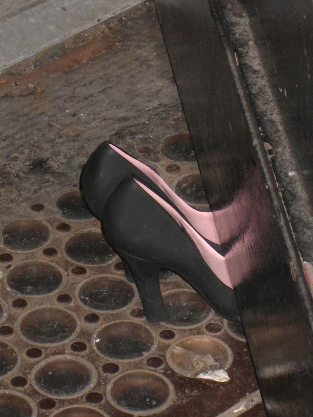 High Heels as Doorstops at Bond no. 9