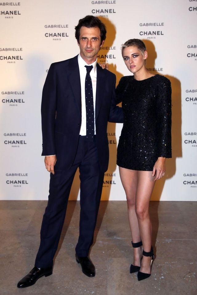 kristen-stewart-at-chanel-gabrielle-perfume-launch-party-paris-fashion-week-_4
